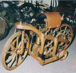 Das erste Motorrad 1885